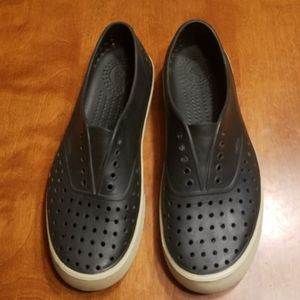 Native black shoes sneakers